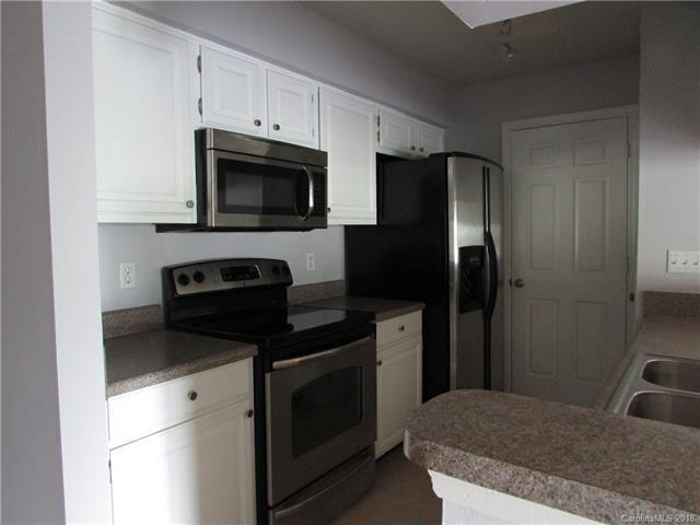 18817 Nautical Drive #301, Cornelius, NC 28031 (#3409459) :: Cloninger Properties