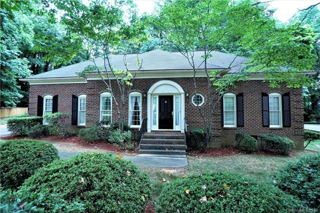 111 Gerald Lee Court #30, Charlotte, NC 28270 (#3409815) :: Robert Greene Real Estate, Inc.