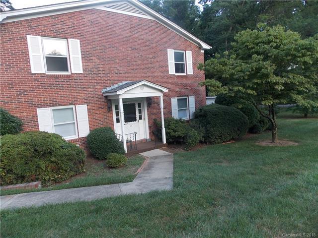 1411 Kensington Road C4, Hendersonville, NC 28791 (#3410025) :: High Performance Real Estate Advisors