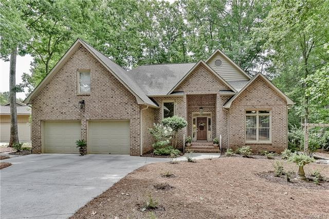 4 Honeysuckle Woods Woods, Lake Wylie, SC 29710 (#3410138) :: High Performance Real Estate Advisors