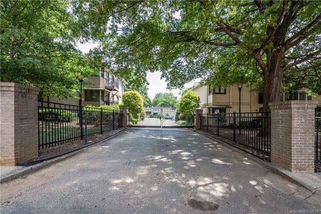 2427 Vail Avenue B17, Charlotte, NC 28207 (#3410189) :: The Ann Rudd Group
