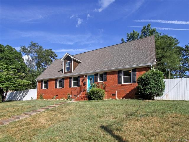 5444 Coburg Avenue, Charlotte, NC 28215 (#3410243) :: Exit Mountain Realty