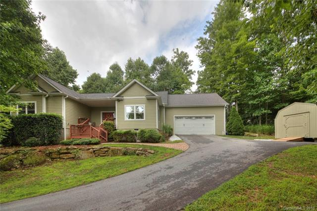 901 Summit Springs Drive, Flat Rock, NC 28731 (#3410338) :: Caulder Realty and Land Co.