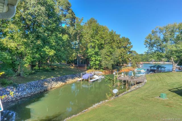 151 Peninsula Drive, Mooresville, NC 28117 (#3410609) :: LePage Johnson Realty Group, LLC