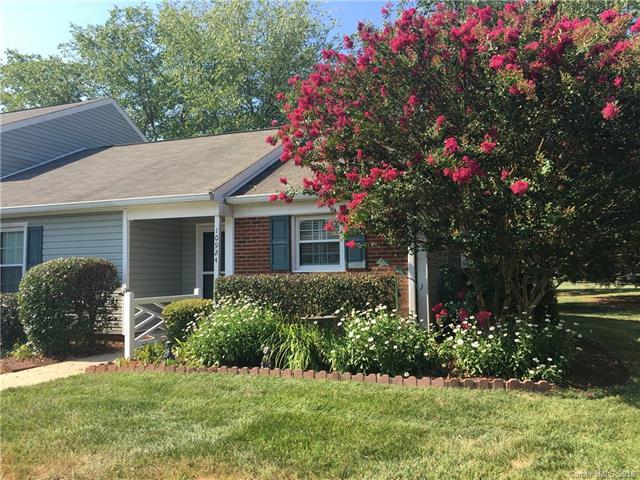 10924 Winterbourne Court #56, Charlotte, NC 28277 (#3410707) :: High Performance Real Estate Advisors