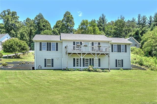 101 Lost Ridge Drive, Leicester, NC 28748 (#3410782) :: Johnson Property Group - Keller Williams