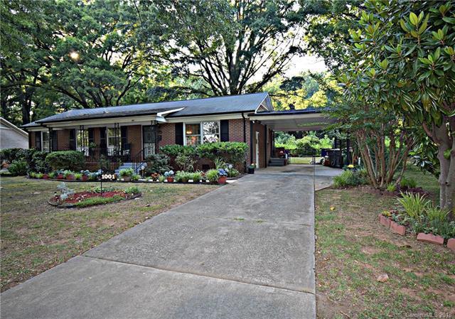 1001 Yuma Street, Charlotte, NC 28213 (#3410877) :: The Temple Team