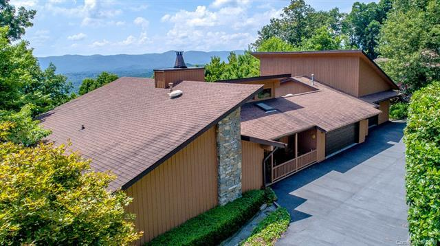 294 Roberts Drive, Laurel Park, NC 28739 (#3411265) :: LePage Johnson Realty Group, LLC