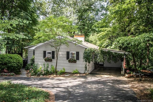 204 Quiet Cove Road, Mooresville, NC 28117 (#3411279) :: Charlotte Home Experts