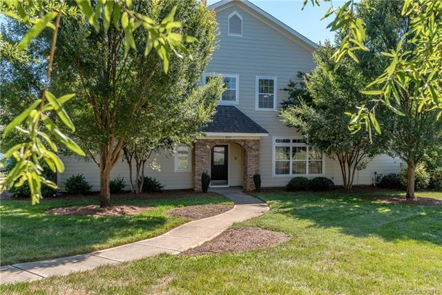 8547 Loxton Circle, Charlotte, NC 28214 (#3411313) :: High Performance Real Estate Advisors