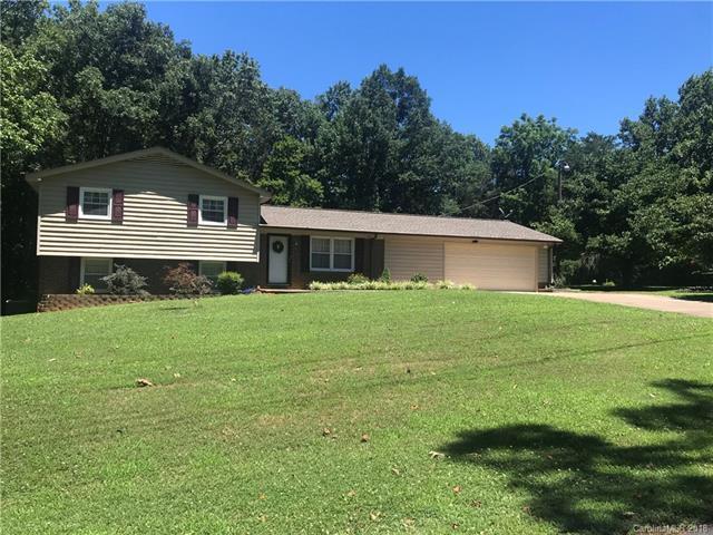 112 Plumtree Lane, Statesville, NC 28677 (#3411510) :: Zanthia Hastings Team