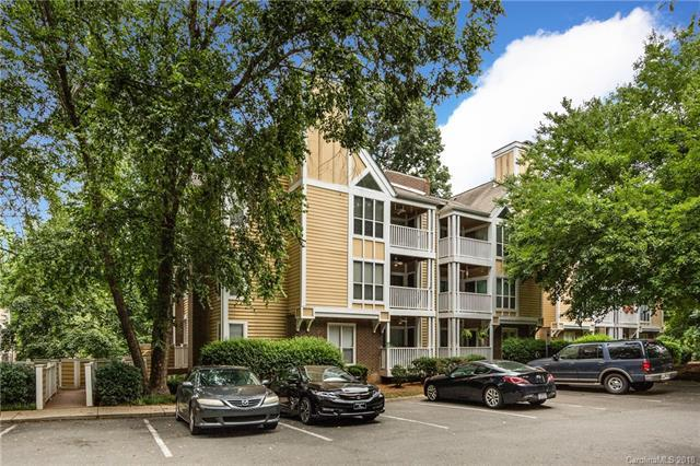 2518 Cranbrook Lane #2, Charlotte, NC 28207 (#3411531) :: The Elite Group