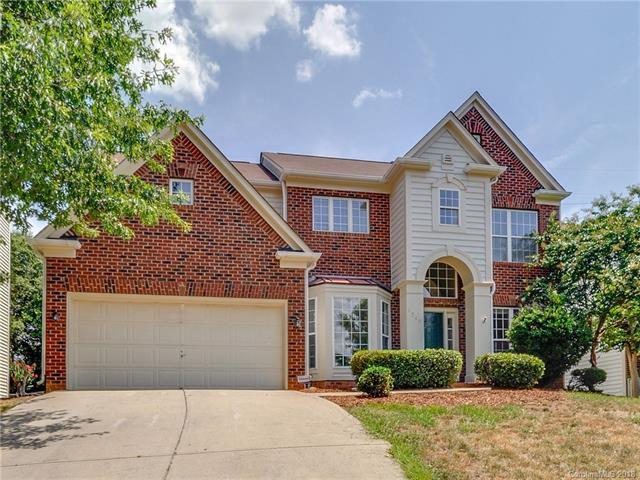 6249 Bells Mill Drive, Charlotte, NC 28269 (#3411665) :: High Performance Real Estate Advisors