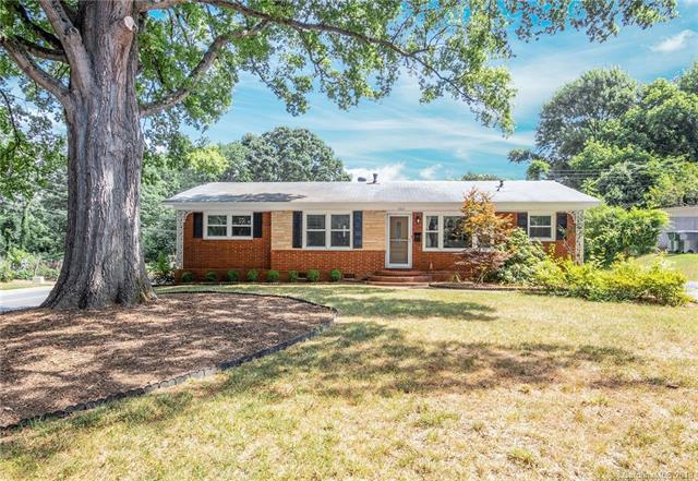 1801 Sandhurst Drive, Charlotte, NC 28205 (#3411768) :: Exit Mountain Realty