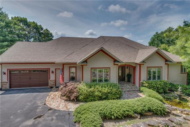 35 South Ridge Drive, Hendersonville, NC 28739 (#3411876) :: Roby Realty