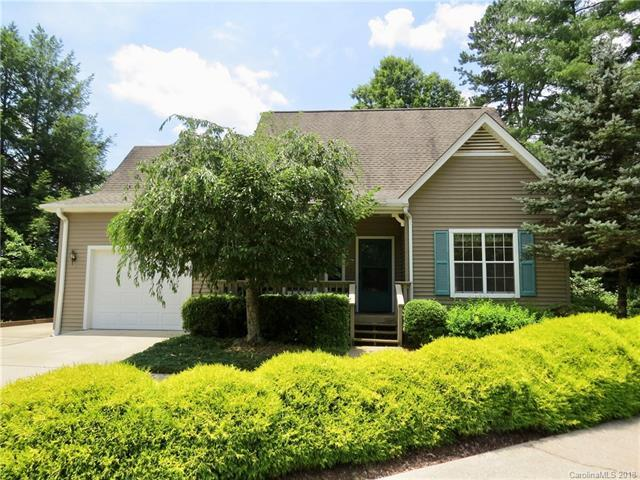 26 Chipmunk Court, Brevard, NC 28712 (#3411896) :: Zanthia Hastings Team