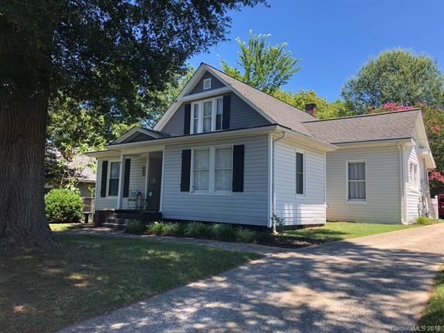 402 N Government Street, Lincolnton, NC 28092 (#3411974) :: Cloninger Properties