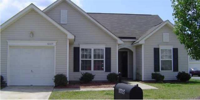 10315 Green Hedge Avenue, Charlotte, NC 28269 (#3412034) :: Exit Realty Vistas