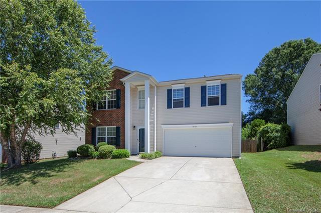 9510 Bayview Parkway, Charlotte, NC 28216 (#3412226) :: LePage Johnson Realty Group, LLC