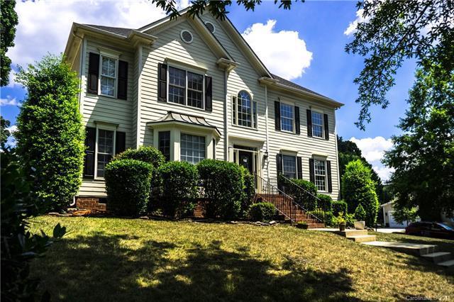 16028 Hallaton Drive, Huntersville, NC 28078 (#3412373) :: Cloninger Properties