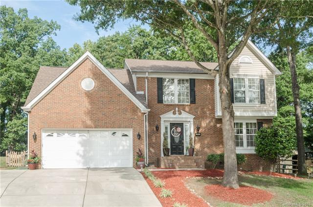 1915 Misty Vale Road, Charlotte, NC 28214 (#3412383) :: The Elite Group