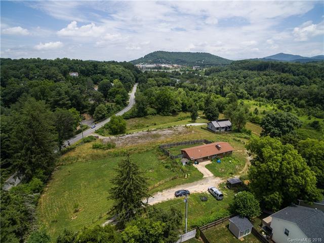 10 Thistledew Lane, Arden, NC 28704 (#3412644) :: Johnson Property Group - Keller Williams
