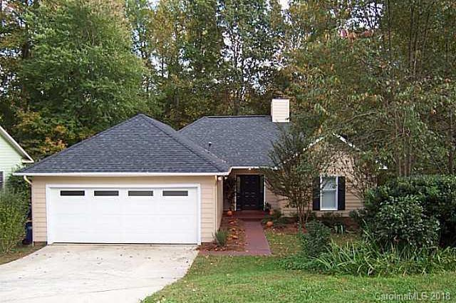 5423 River Falls Drive, Charlotte, NC 28215 (#3412674) :: LePage Johnson Realty Group, LLC