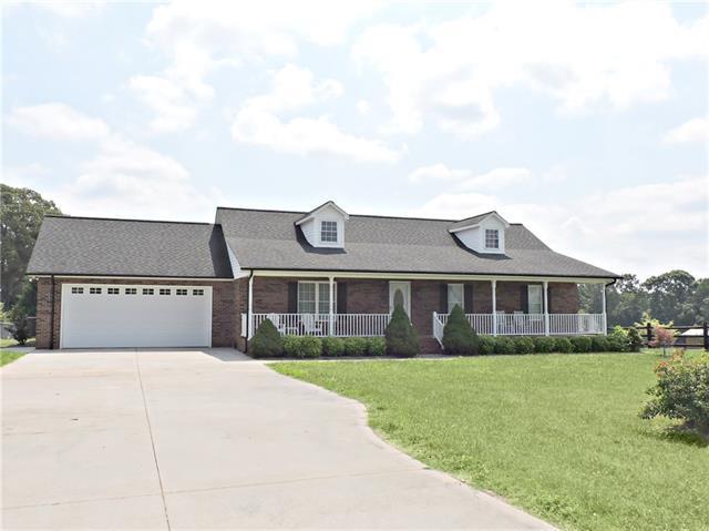 3900 Mount Olive Church Road, Newton, NC 28658 (#3412731) :: Cloninger Properties