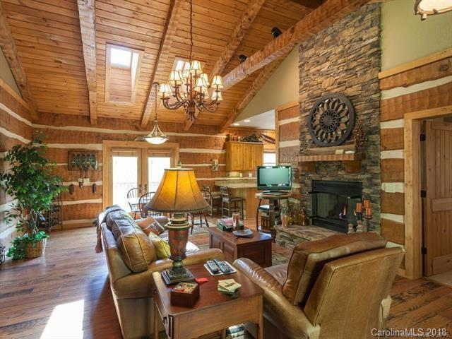 37 Grinnin Sun Road N, Burnsville, NC 28714 (#3412912) :: Exit Mountain Realty