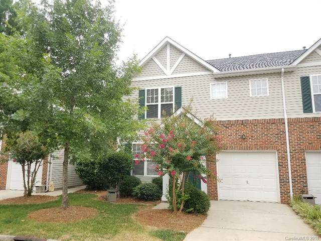 16673 Commons Creek Drive, Charlotte, NC 28277 (#3413015) :: Exit Mountain Realty