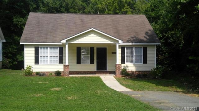 6601 Rockwell Boulevard, Charlotte, NC 28269 (#3413148) :: Besecker Homes Team