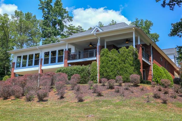 16201 Cozy Cove Road, Charlotte, NC 28278 (#3413284) :: Washburn Real Estate