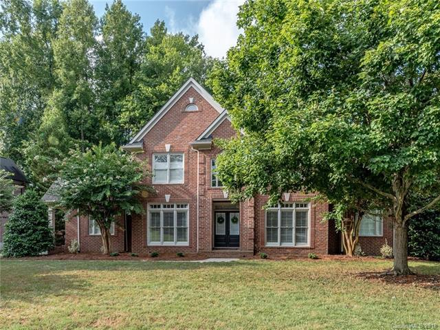 18417 Indian Oaks Lane, Davidson, NC 28036 (#3413510) :: Johnson Property Group - Keller Williams