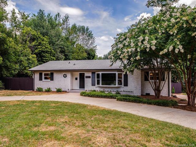 851 Fairbanks Road, Charlotte, NC 28210 (#3413639) :: Washburn Real Estate