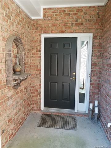 11236 Villa Trace Place, Charlotte, NC 28277 (#3413664) :: Rinehart Realty