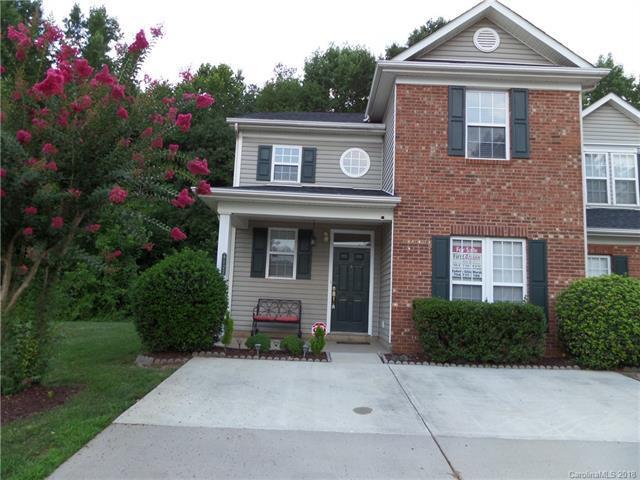 9122 Treyburn Drive, Charlotte, NC 28216 (#3413699) :: The Ann Rudd Group