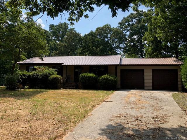 813 Rocky River Road, Monroe, NC 28110 (#3413834) :: The Ann Rudd Group