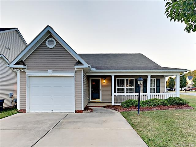 4117 Youngstown Drive, Greensboro, NC 27405 (#3413918) :: LePage Johnson Realty Group, LLC