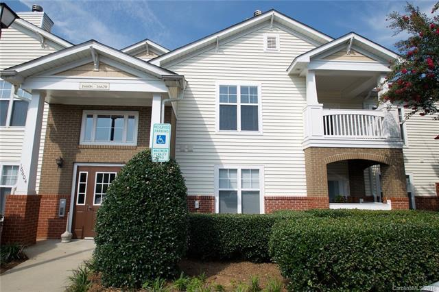 16620 Amberside Road E, Cornelius, NC 28031 (#3413988) :: High Performance Real Estate Advisors