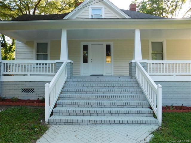 401 N Grove Street, Lincolnton, NC 28092 (#3414089) :: Century 21 First Choice