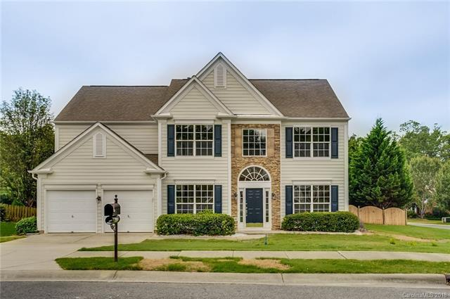 3804 Manor House Drive, Charlotte, NC 28270 (#3414257) :: The Temple Team