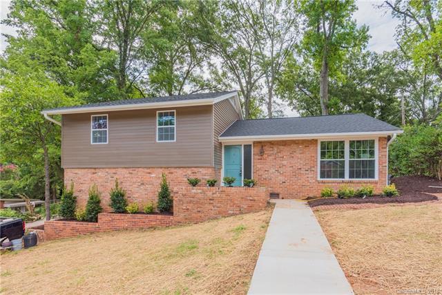 4931 Seacroft Road, Charlotte, NC 28210 (#3414320) :: Scarlett Real Estate