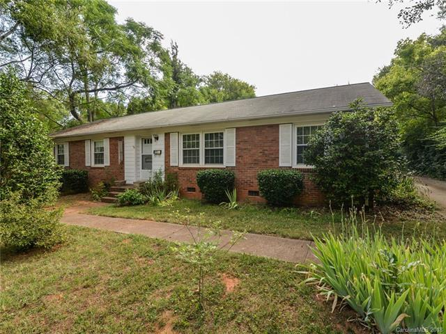 3200 Driftwood Drive, Charlotte, NC 28205 (#3414362) :: Roby Realty