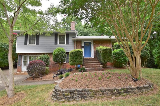 4918 White Oak Road, Charlotte, NC 28210 (#3414396) :: Team Southline
