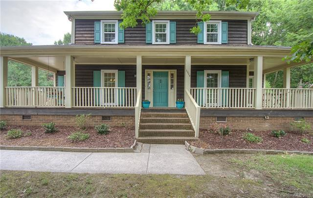 5928 Winburn Lane, Charlotte, NC 28226 (#3414435) :: Team Southline