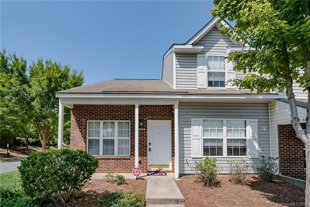 11228 Grass Field Road, Charlotte, NC 28213 (#3414437) :: Exit Mountain Realty