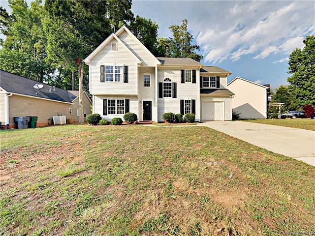 9704 Langston Mill Road, Charlotte, NC 28216 (#3414568) :: RE/MAX Four Seasons Realty