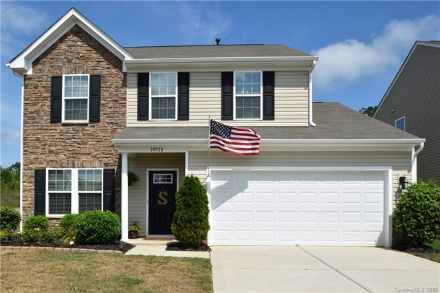 10928 Kingsview Drive, Davidson, NC 28036 (#3414608) :: The Premier Team at RE/MAX Executive Realty