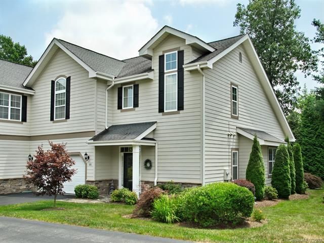 101 Towne Place Drive, Hendersonville, NC 28792 (#3414720) :: High Performance Real Estate Advisors