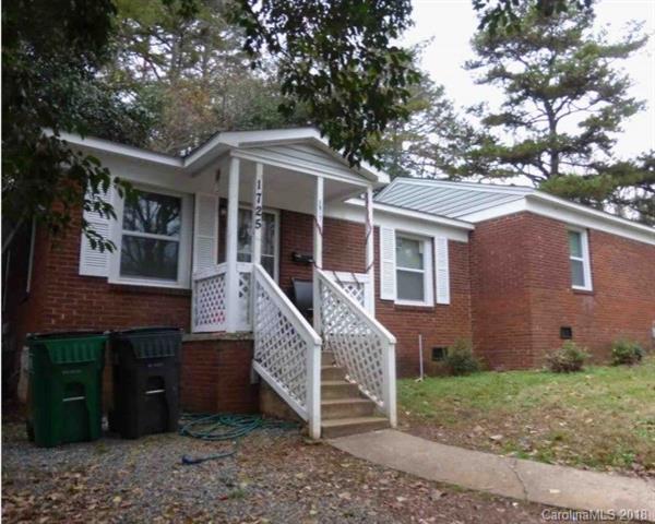 1725 Maribel Avenue, Charlotte, NC 28216 (#3414822) :: Robert Greene Real Estate, Inc.